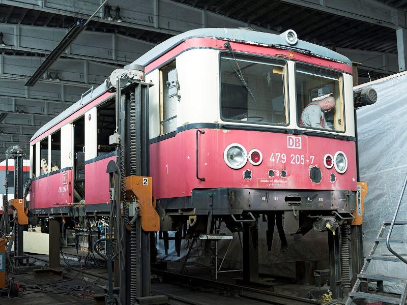 Ankunft der Schwarztalbahn in Hennigsdorf