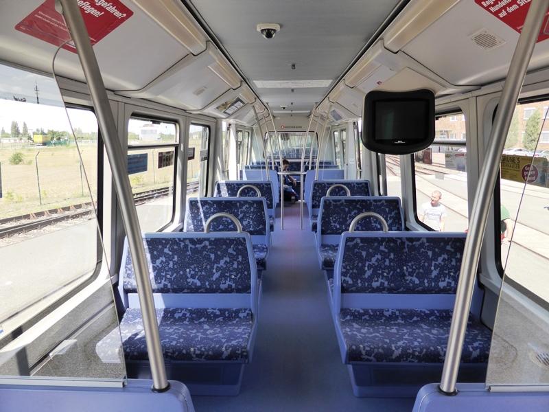 Innenausbau neu Hamburger Hochbahn