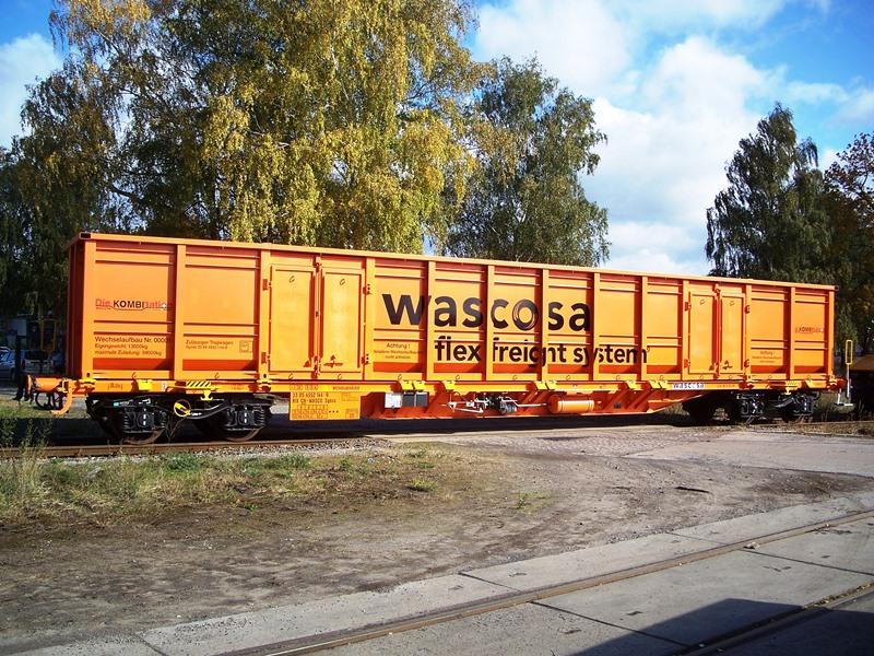 Neubau Sonderfahrzeug Schüttgut-Schienenfahrzeug Containerformat